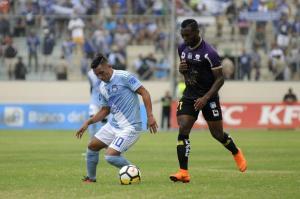 Delfín se 'levanta' y se impone por 3 goles a 1 ante Emelec en el estadio Jocay