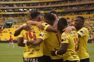 Barcelona SC derrotó 2-0 a Deportivo Cuenca y se mantiene como líder invicto en el Campeonato