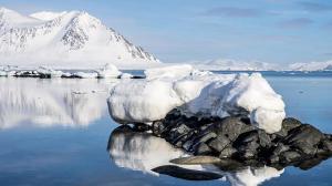 El hielo marino transporta grandes cantidades de plástico por el océano Ártico