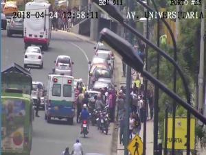 Un herido en accidente de tránsito en la avenida Universitaria en Portoviejo