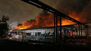 Al menos 17 personas resultaron heridas tras un incendio de un almacén en Colombia