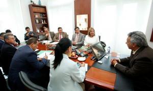 Autoridades analizan con el presidente ecuatoriano situación en la frontera