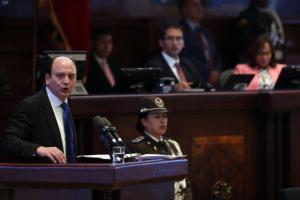 Fiscal Carlos Baca comparece en el Pleno de la Asamblea por el juicio político en su contra