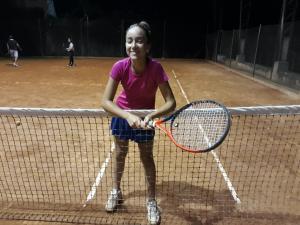 Isabel, campeona del torneo sub 14