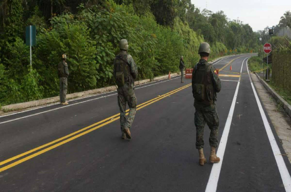 Gobierno de Ecuador delinea política de seguridad y defensa en la frontera