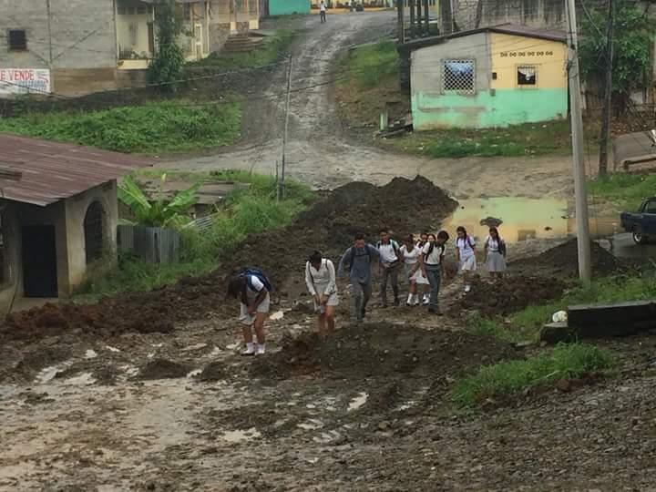 Malestar por lluvias y trabajos