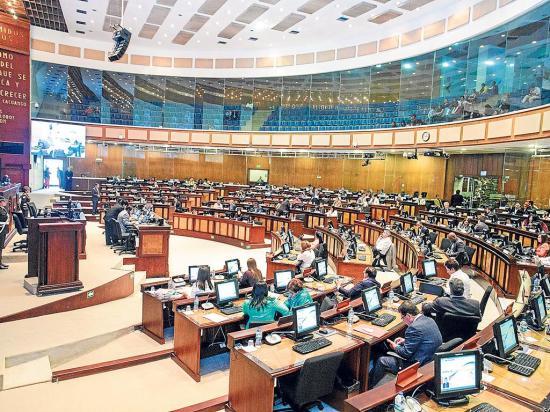 Asambleístas 'priorizan'  pedidos de información