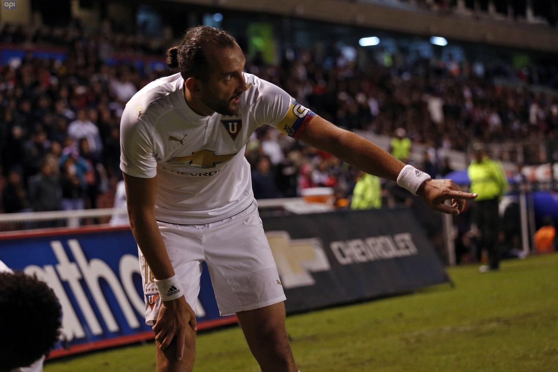 Liga de Quito gana y se mantiene de puntero en el campeonato nacional