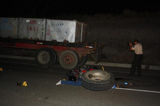 El cuerpo de un motociclista accidentado es velado en Portoviejo
