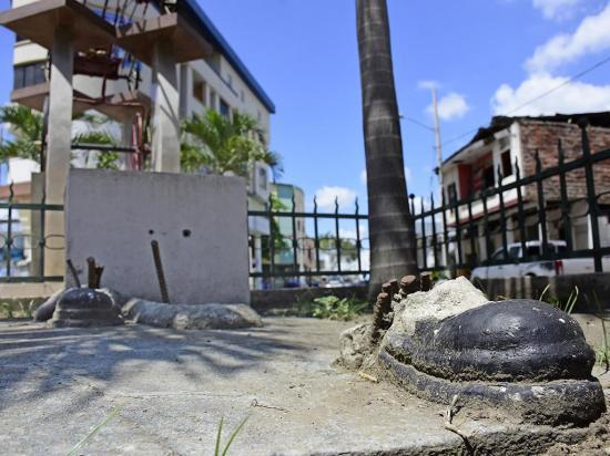 Monumento al bombero  estaría restaurado para el mes de octubre