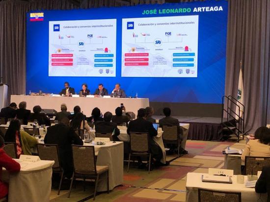 Director General del SRI, Leonardo Orlando participa de Asamblea del CIAT en Canadá