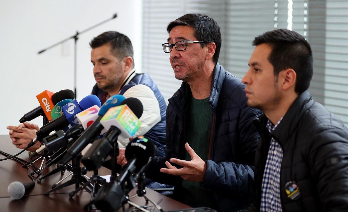 Familiares periodistas asesinados se reúnen con Cruz Roja en Colombia