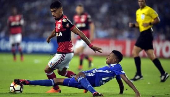Emelec fue derrotado por el Flamengo con 2 goles y sigue en el sótano de La Libertadores