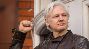 Ecuador retira seguridad adicional de Embajada en Londres, donde está Assange