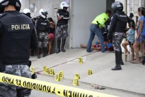 Hombre fue asesinado con más de diez disparos en Manta