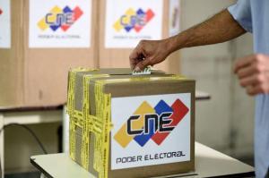 Elecciones Venezuela: Colegios vacíos y denuncias sobre irregularidades marcan comicios