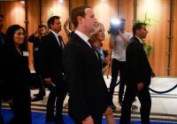 Zuckerberg garantiza 'más transparencia' a los usuarios europeos de Facebook