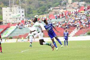 Liga de Portoviejo y Santa Rita empatan 1-1 en el Reales Tamarindos