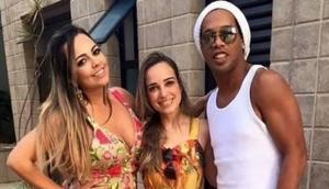 Ronaldinho Gaúcho se casará con dos mujeres a la vez, en agosto