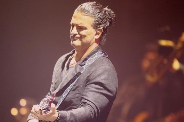 Ricardo Arjona suspende su gira debido a embargo y demanda a empresario dominicano