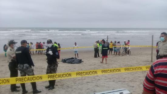 Aparece cuerpo de joven ahogado en la playa de Canoa