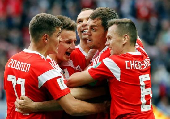 Rusia golea 5-0 a Arabia Saudí en el partido inaugural del Mundial