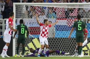 La madurez de Croacia pudo más contra la destreza de Nigeria y ganó 2x0