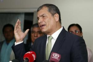 Expresidente Correa tilda de 'farsa' proceso judicial en su contra