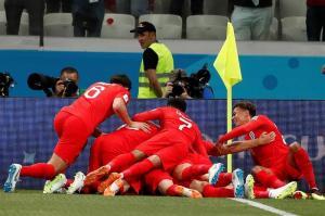 Harry Kane le da el triunfo a Inglaterra sobre Túnez (2-1)