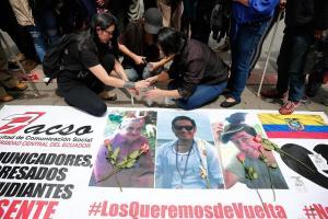 Llegan a Cali cuerpos para confirmar si corresponden a periodistas de Ecuador