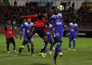Emelec cae de visita ante el Deportivo Cuenca (2-0)
