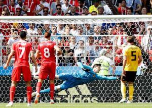 Bélgica domina y golea a Túnez 5 a 2 y pasa a octavos de final