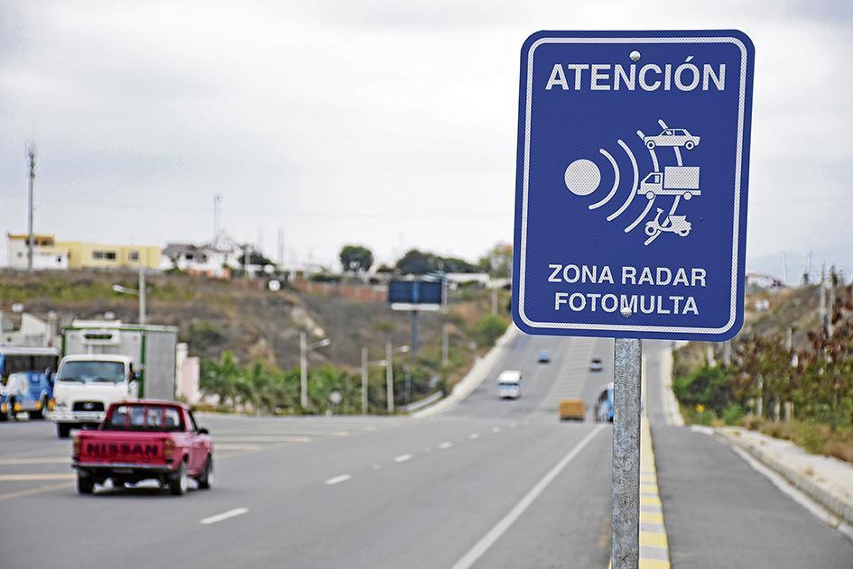 Este 1 de julio empezará a funcionar el sistema de fotomultas en Manta