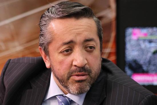 Presidente Colegio Abogados cree suficiente presentación de Correa en Consulado