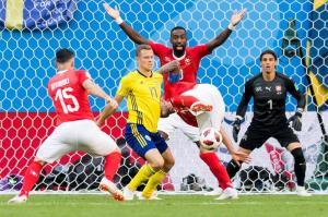 Suecia se clasifica a cuartos de final luego de 24 años y gana 1-0 ante Suiza