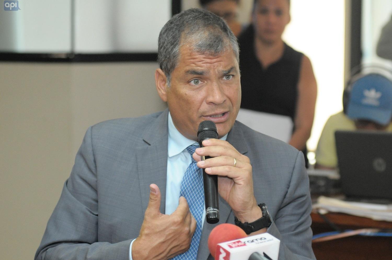 Contraloría determinó responsabilidad penal de Correa