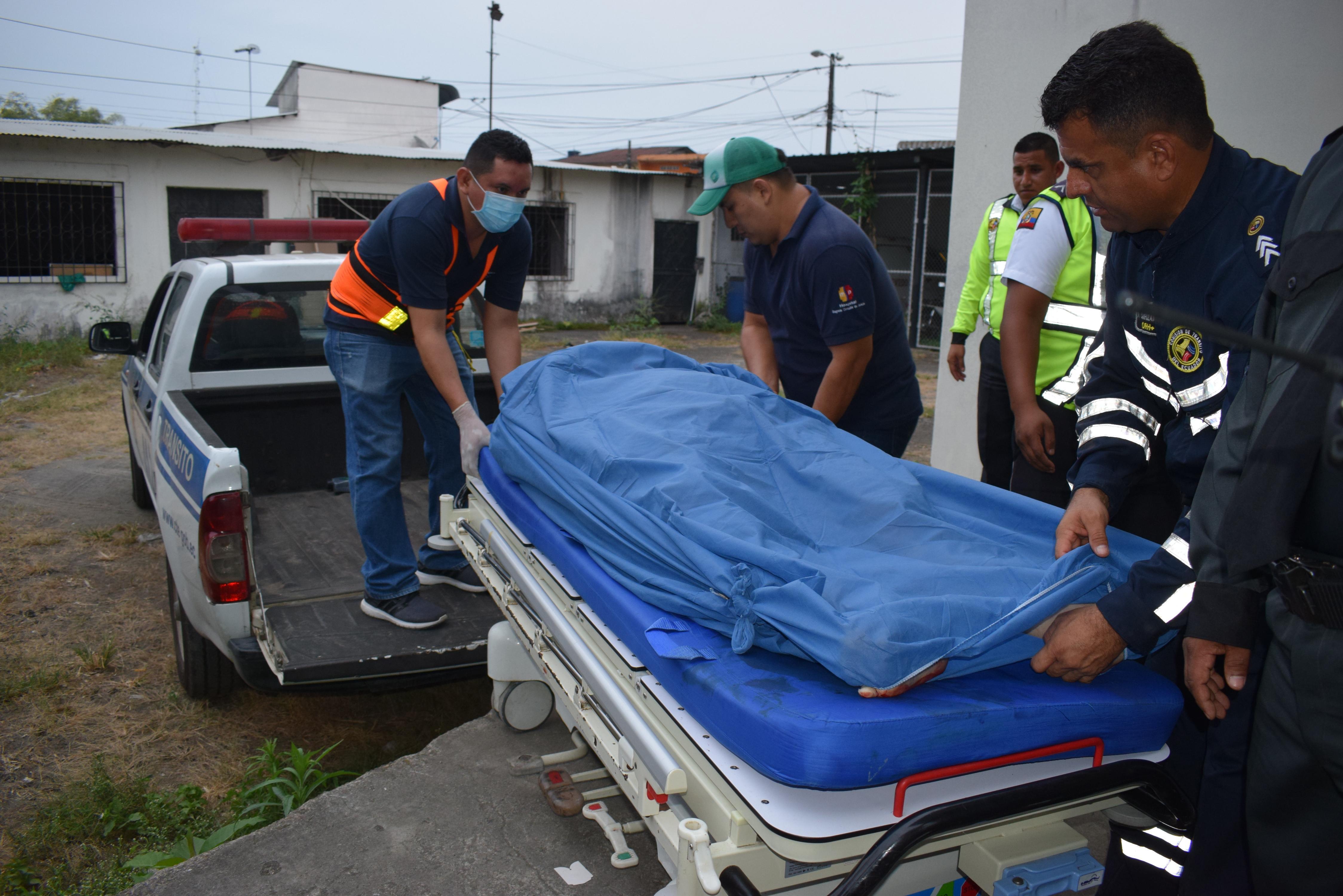 Choque frontal en la vía Buena Fe- Santo Domingo deja cuatro muertos