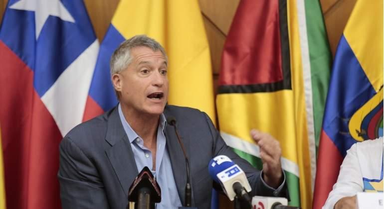 Corte internacional suspende a abogado de comunidades ecuatorianas que ganó contra Chevron