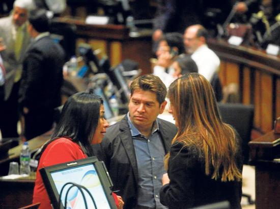 Rechazan frases de Evo y Maduro
