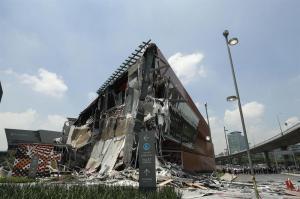 Se derrumba centro comercial en México sin dejar heridos o personas atrapadas