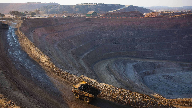 Petroecuador adjudica afirma suiza compra 1,68 millones de barriles de cutter stock