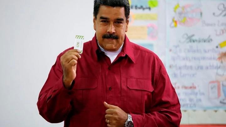 Maduro dice que EE.UU. prepara ''provocaciones'' en frontera colombo-venezolana