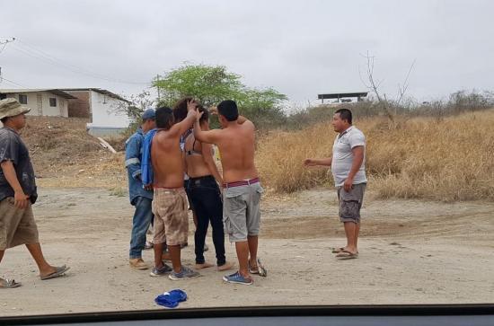 Manta: Mujer fue atacada por abejas en la ciudadela El Palmar