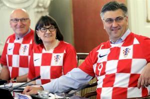 Gobierno croata pide que empresas dejen tiempo libre para recibir a selección