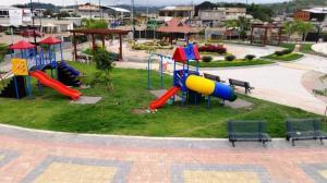 Inauguran parque recreacional de Jama que costó más 700 mil dólares