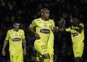 Un cierre de etapa con victoria: Barcelona venció 3-2 a Universidad Católica
