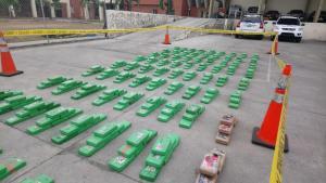 Gobierno ecuatoriano destruirá hasta octubre cerca de doce toneladas de droga