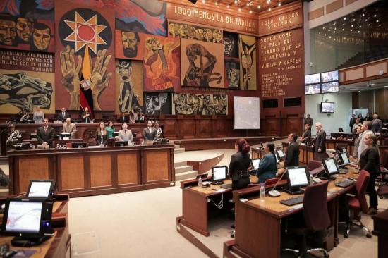 Gobierno de Ecuador avanza en programa para reducir peso del Estado en economía