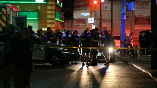 Tres muertos y doce heridos tras un tiroteo en Toronto, Canadá