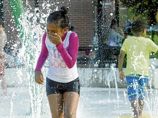La ola de calor que afecta a Estados Unidos llegó desde África